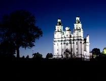 教会在晚上之前 库存照片