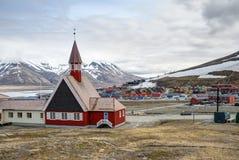 教会在朗伊尔城,斯瓦尔巴特群岛,挪威 库存照片
