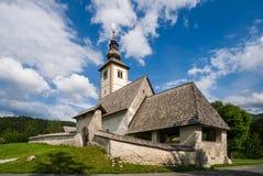 教会在朱利安阿尔卑斯山/斯洛文尼亚 免版税图库摄影