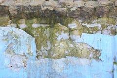 教会在闪电自然老照片被采取的墙壁里面的克罗地亚grunge是 免版税库存照片