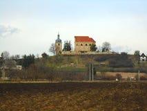 教会在beautifull国家在中部在欧洲,捷克 免版税库存照片