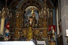 教会在Camara de罗伯斯是一个渔村在市丰沙尔附近并且有某些最高的峭壁在世界上 库存图片