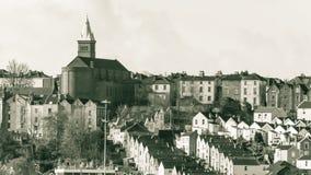 教会在Knowle,从巴恩Rd的看法 免版税库存照片
