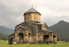 教会在Shenako村庄, Tusheti地区(乔治亚) 免版税库存照片