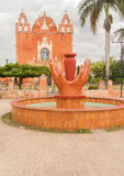 教会在Ticul,尤加坦,墨西哥 免版税库存图片