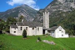 教会在Val Verzasca,提契诺州,瑞士 免版税库存照片