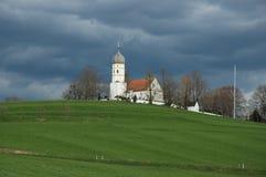 教会小山 免版税库存图片