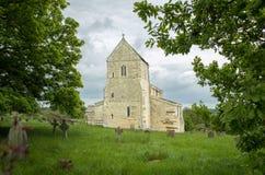 教会小的村庄 免版税图库摄影