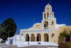教会希腊oia santorini村庄 免版税库存照片