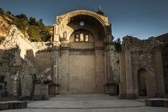 教会废墟 免版税库存图片