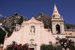 教会意大利西西里岛taormina 免版税库存照片