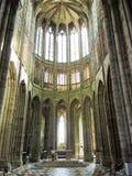 教会教堂中殿在修道院Mont圣米歇尔里 免版税库存图片