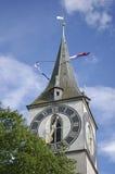 教会时钟瑞士塔苏黎世 图库摄影