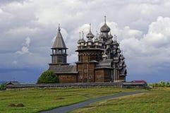 教会木的俄国 免版税库存图片
