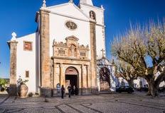 教会玛丽亚obidos葡萄牙圣诞老人 库存照片