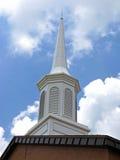 教会现代尖顶 免版税图库摄影