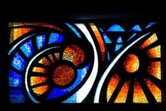 教会玻璃被弄脏的视窗 库存照片