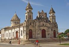 教会瓜达卢佩河,格拉纳达,尼加拉瓜 免版税库存照片