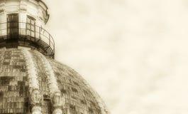 教会的圆顶,文本的空间在右边 免版税库存照片