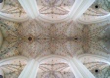教会的对称穹顶 免版税库存图片