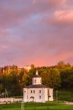 教会的看法在斯摩棱斯克,俄罗斯 免版税库存图片