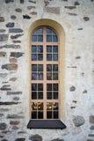 教会的被成拱形的窗口 免版税图库摄影