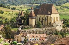 教会筑堡垒于的老撒克逊人 免版税库存照片