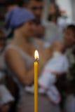 教会蜡烛光 免版税图库摄影