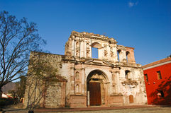 教会被破坏的危地马拉 库存图片