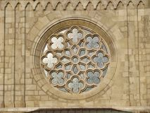 教会装饰品,窗口在布达城堡在匈牙利,布达佩斯 免版税库存图片