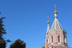 教会覆以圆顶金黄正统 图库摄影