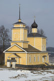 1360年教会设立了乔治的st是年的修道院vladychny serpukhov Trigorskoye普希金山 免版税库存照片