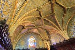 教会贝纳宫殿天花板设计  库存照片