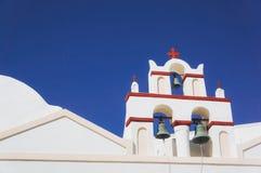 教会 Oia村庄白色建筑学在圣托里尼海岛,希腊上的 库存图片