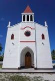 教会Avatoru伦吉拉环礁Tuamotu法属玻里尼西亚 免版税库存照片