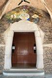 教会col门侧房g nia 库存图片