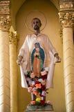 教会guadalupita墨西哥墨瑞利亚雕象 免版税图库摄影