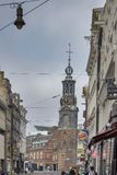 教会Munttoren,重建在阿姆斯特丹新生样式在1620 免版税库存照片