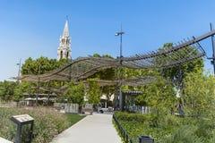 教会St Perpetue和圣尼姆Felicite在法国 免版税库存照片