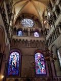 教会Windows和天花板 库存图片