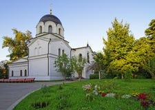 教堂在坟园在构想女修道院在莫斯科 库存图片
