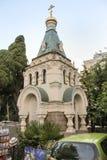 教堂在城市 免版税库存图片