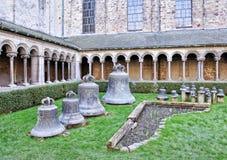 教堂钟在圣徒格特鲁德牧师会主持的教堂里  免版税库存图片