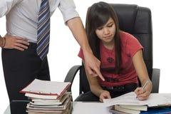 教练帮助privat专用学员授课 库存图片