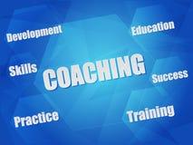 教练和企业在六角形的概念词 库存照片
