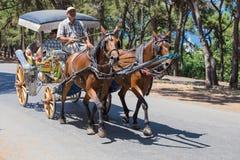 敞蓬旅游车在王子岛Buyukada 火鸡 库存图片