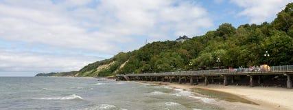 散步和海滩在波罗的海 免版税库存图片