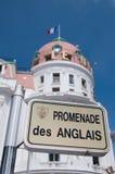散步des Anglais路牌 免版税图库摄影