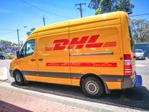 敦豪航空货运公司明确van courier,小包和快件服务在Arncliffe,新南威尔斯 免版税库存照片