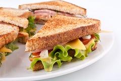敬酒的三明治 免版税库存图片